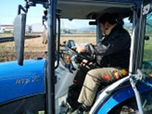 自動操舵トラクターの実演