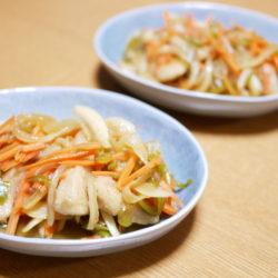 食感を楽しむ、徳島の春にんじんと鶏むね肉の南蛮漬け